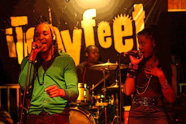 Pareja de cantantes Concierto de reggae en The Lookout Shirley Heights, Antigua