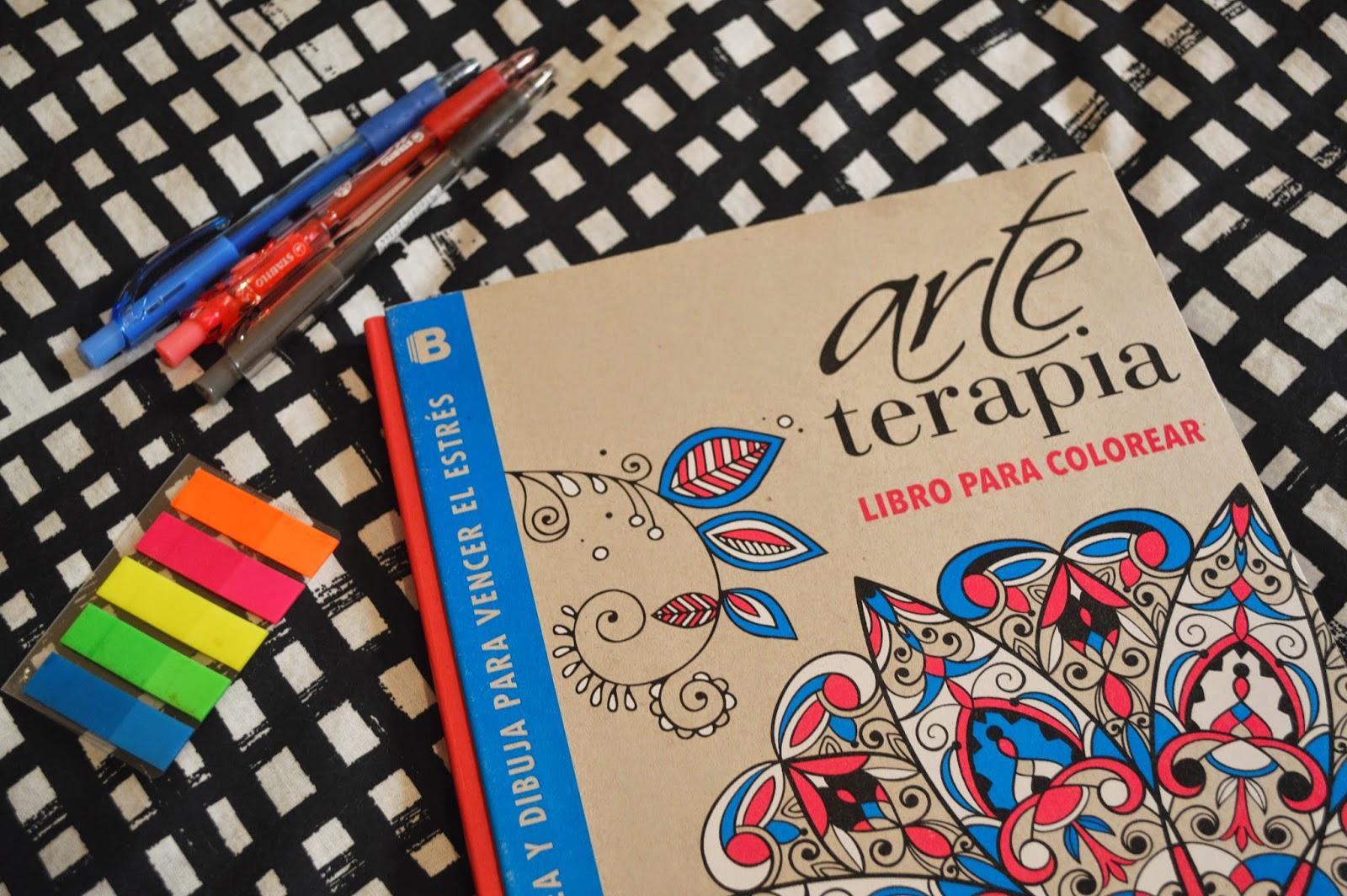 Luke Holmes: Amor por...Arte Terapia: libro para colorear