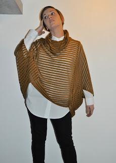 Poncho, diy fashion, sewing, naaien, christian wijnants fabrics, mon depot, knipmode, eulala c'est chic