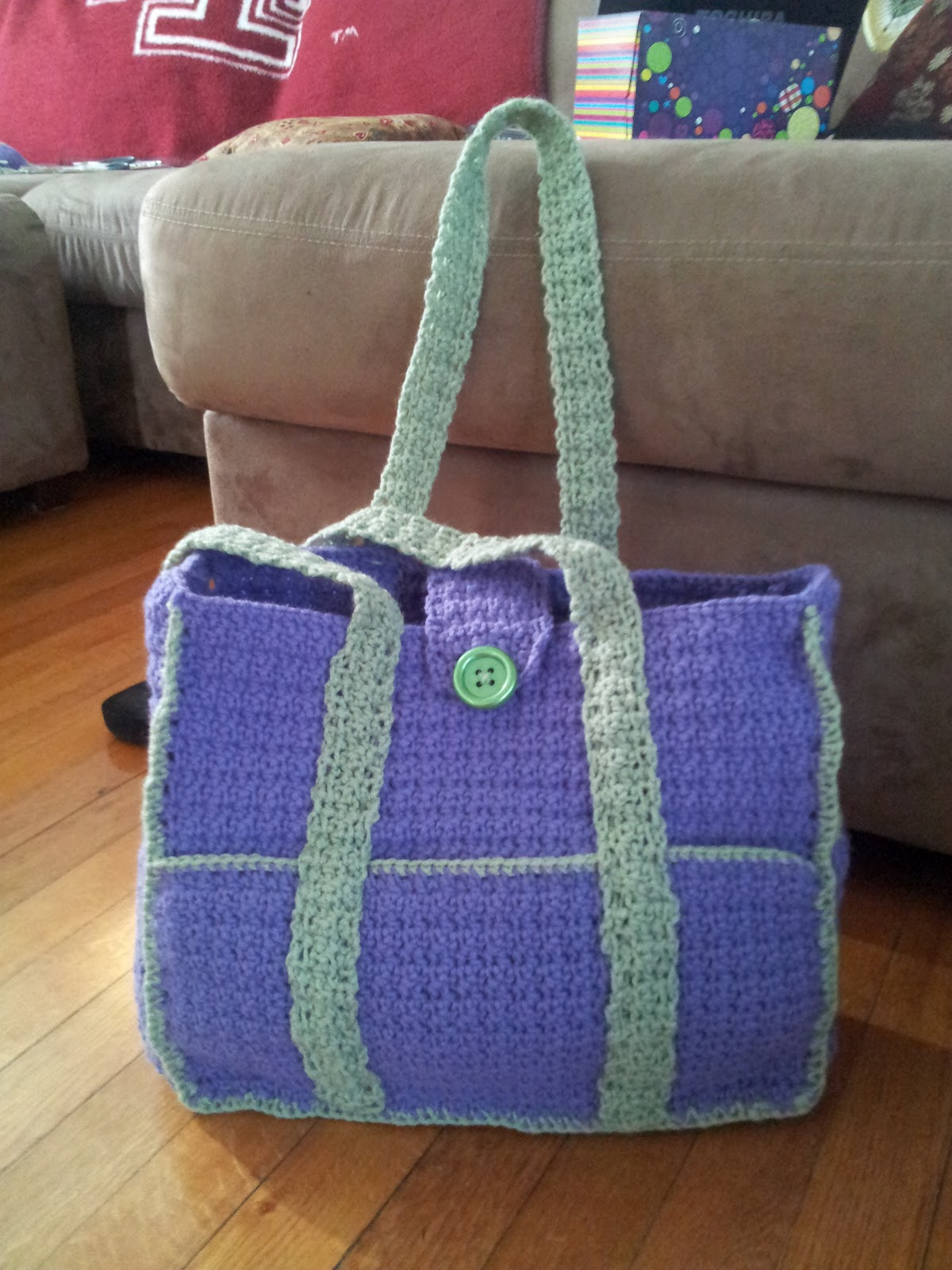Crochet Baby Diaper Bag Patterns : Ratchit Fratchit Emmers: Crocheted Creation - Diaper Bag