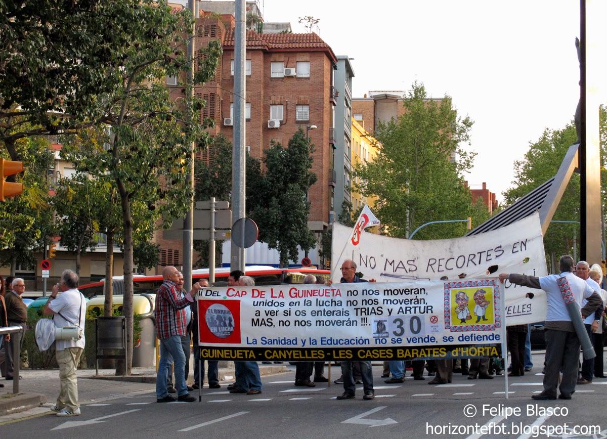Los vecinos del CAP Guineueta se manifestarán hasta que la Generalitat les devuelva el servicio de urgencias nocturno y en festivos del ambulatorio