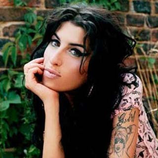 Amy Winehouse - Halftime Lyrics | Letras | Lirik | Tekst | Text | Testo | Paroles - Source: musicjuzz.blogspot.com