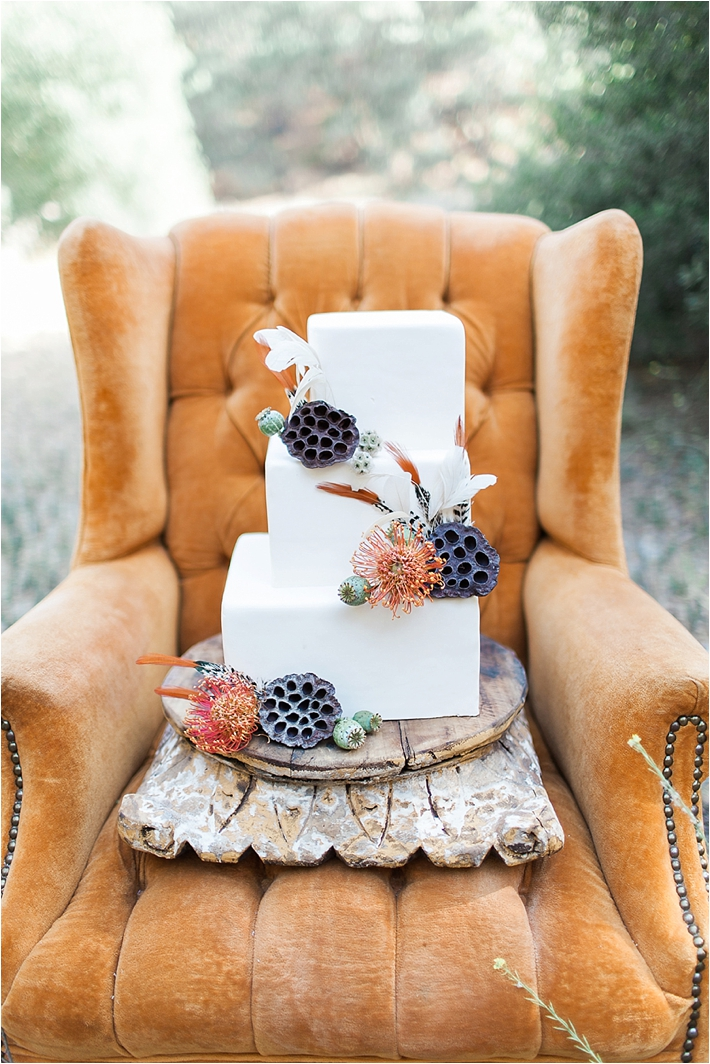 Square white wedding cake | Frost it Cupcakery | Poiema Photography