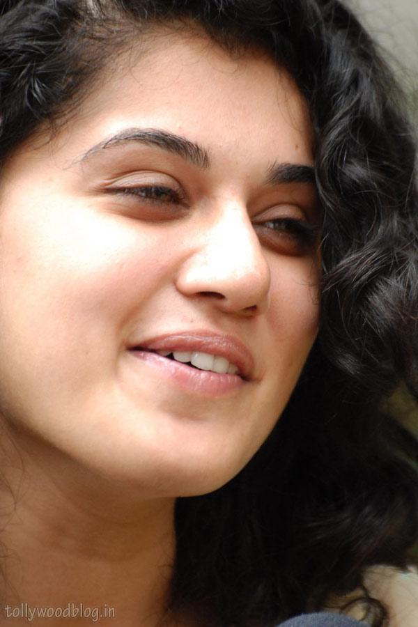 , Tapsee Pannu Face Close Up Stills
