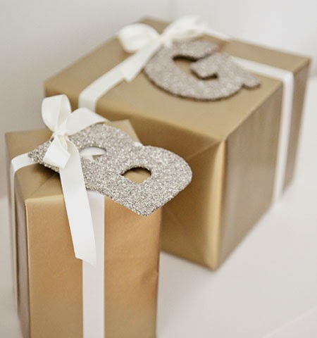 Идеи за златни опаковки на коледни подаръци за деца