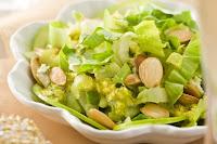 Salada de Maçã Verde com Escarola e Amêndoas (vegana)