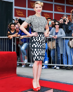 Best Tips & Trick How to Wear Pencil Skirts