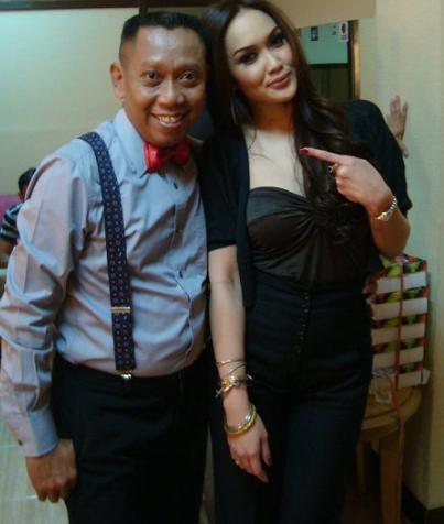 Tentang Sara Wijayanto dan Foto Sexy di Majalah Dewasa