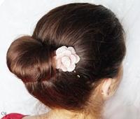 http://natalia-lily.blogspot.com/2013/05/wytworny-koczek-z-kwiatkiem-krok-po.html