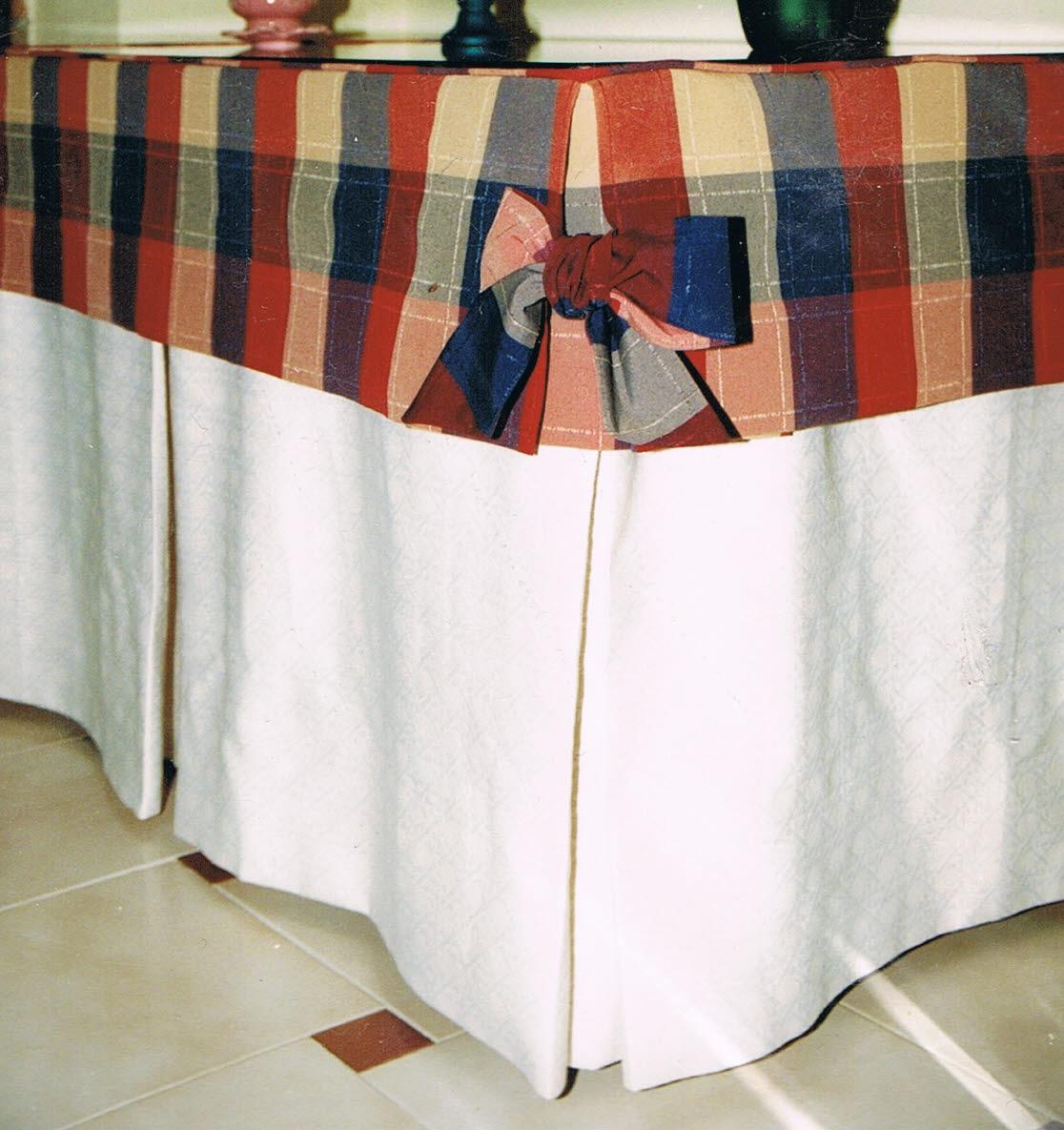Patrones de costura falda de camilla rectangular con fuelles - Ropa de mesa camilla ...