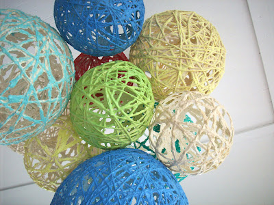 diy yarn lantern chandelier