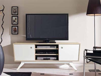 http://www.portobellostreet.es/mueble/25553/Mueble-TV-Retro-Roger