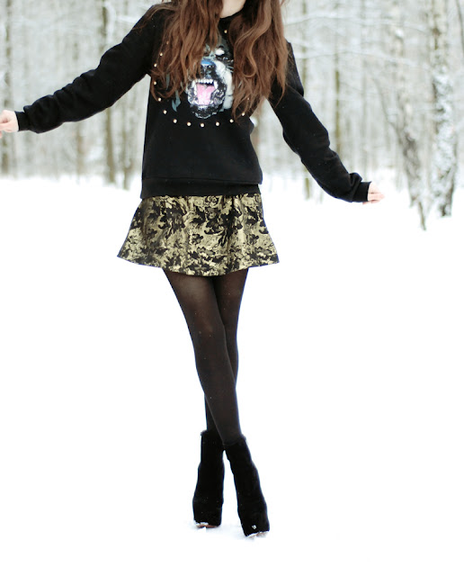 gold, skirt, patterns, classy, casual, fashion