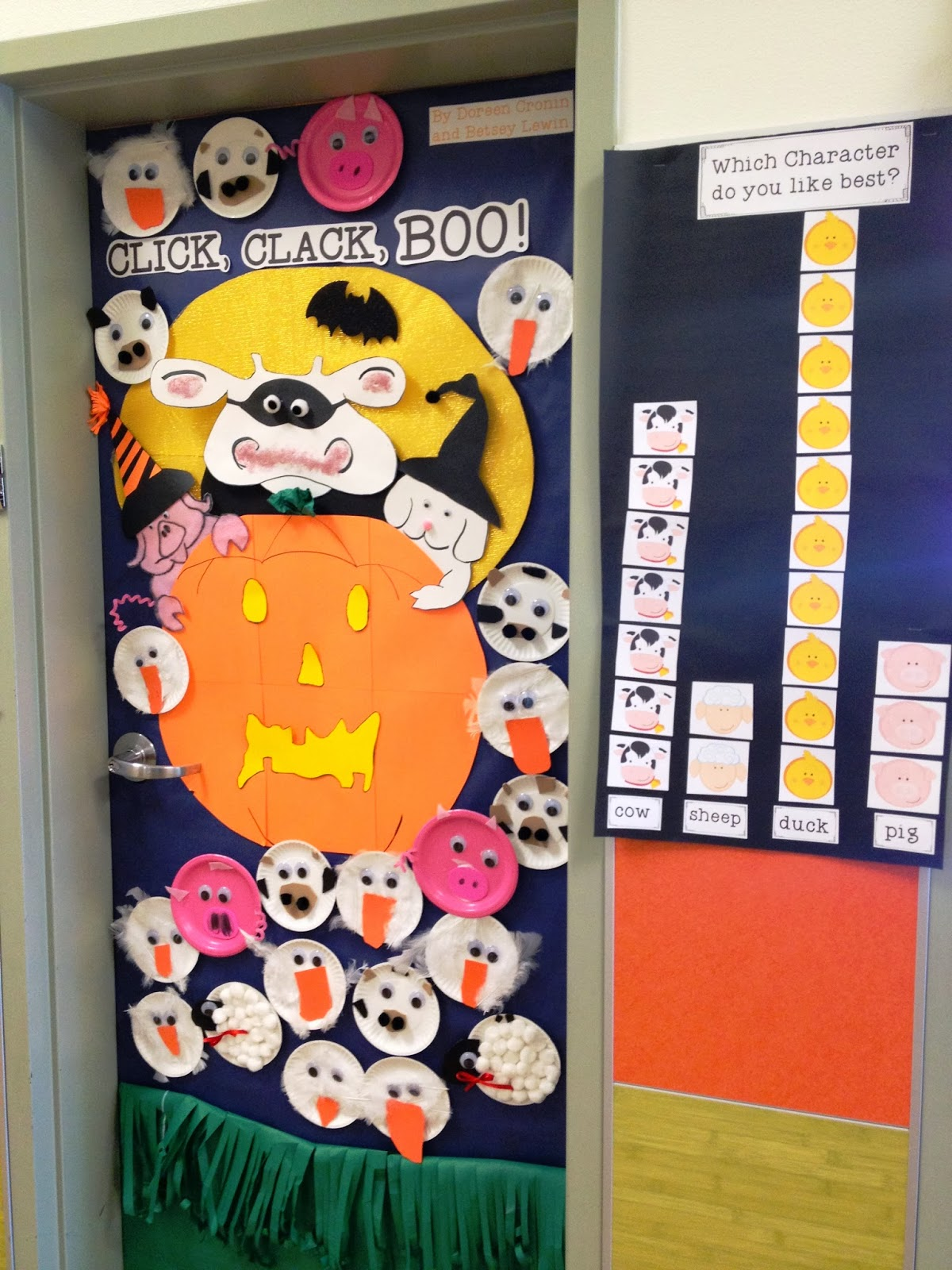 Trick or read door decorating freebies and more for Decoration porte classe halloween