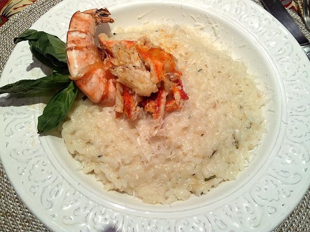 ризотто с крабами креветками пармезаном итальянские блюда морепродукты