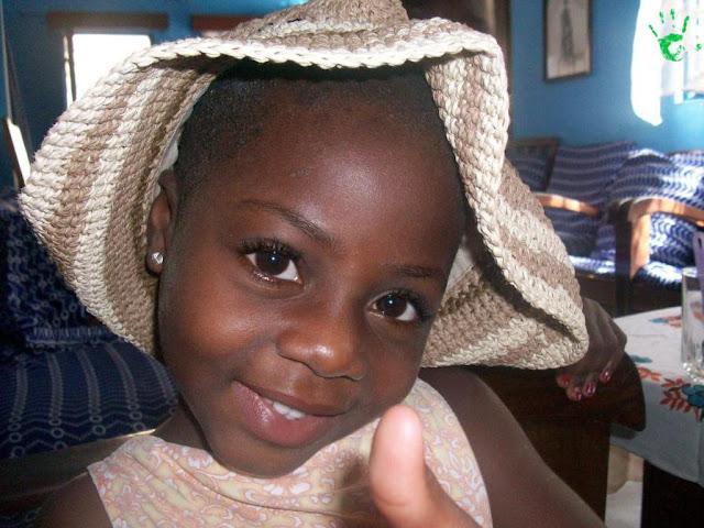 Bambini africani del villaggio di Atchanvé, Togo