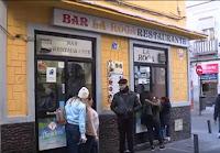 Dominicanos residentes en Cuatro Caminos, Madrid, se destacan por el buen servicio