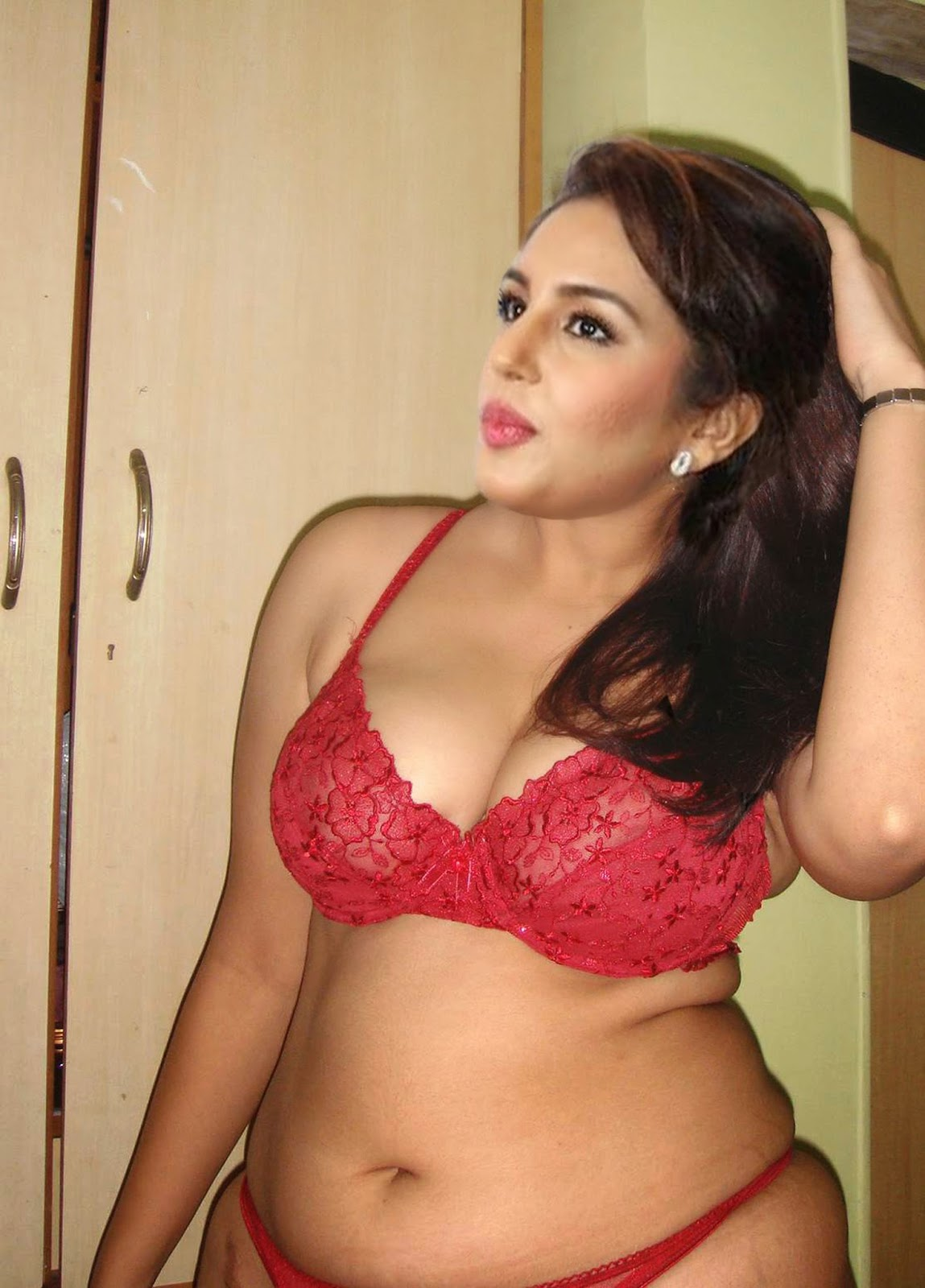 Babita big boobs with bra