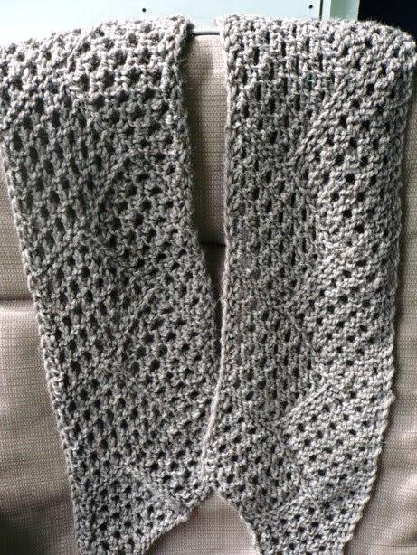 Chevron Stitch Knit In The Round : Cabin Fever Sisters Knit: Chevron Mesh Scarf