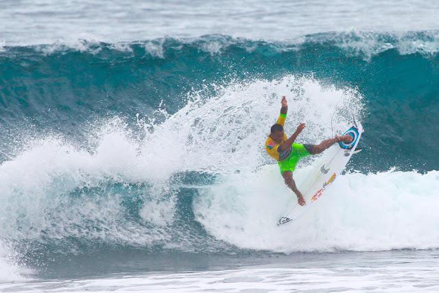1 Wiggolly Dantas BRA 2015 SATA Azores Pro Foto WSL Laurent Masurel