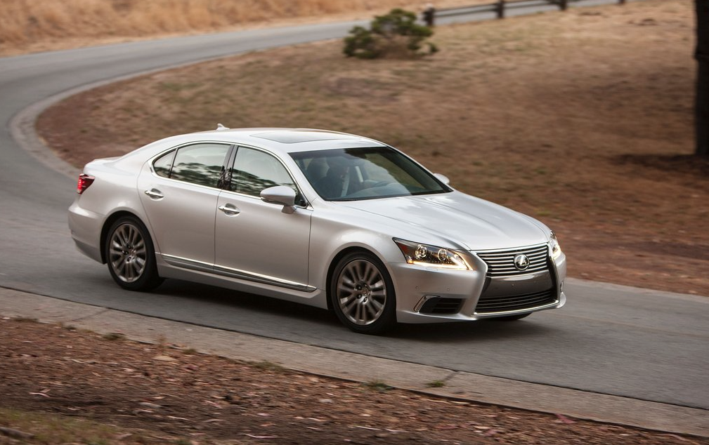 2013 Lexus LS silver