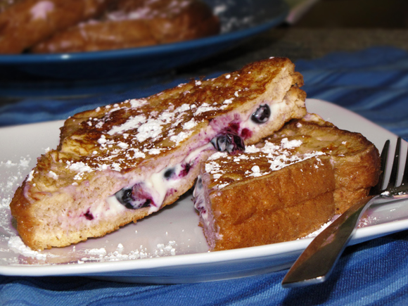 Pinch of Lime: Blueberry Cream Cheese Stuffed French Toast