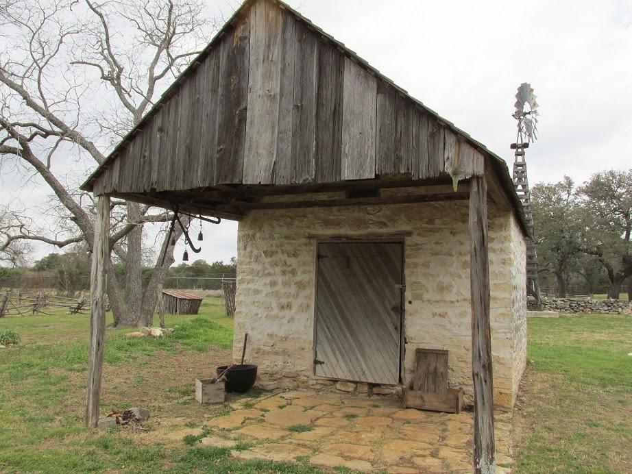 frontier smokehouse