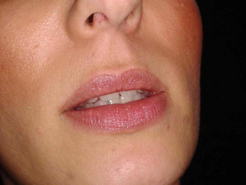 Maquillage permanent Dermographie sourcils et des lèvres