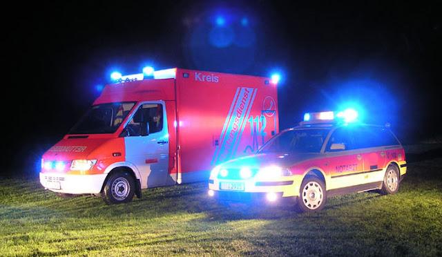 Gambar Mobil Ambulance 01