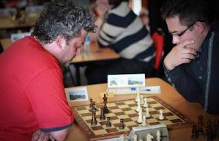 Échecs à Plancoët ronde 5 : Aleksander Mista (2541) 1-0  Andrei Istratescu (2641) - Photo © Pierre-Jean Allory