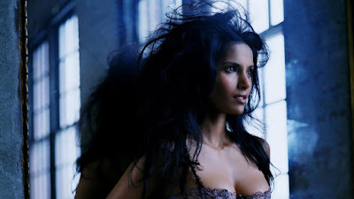 Padma Lakshmi Sexy Wallpapers