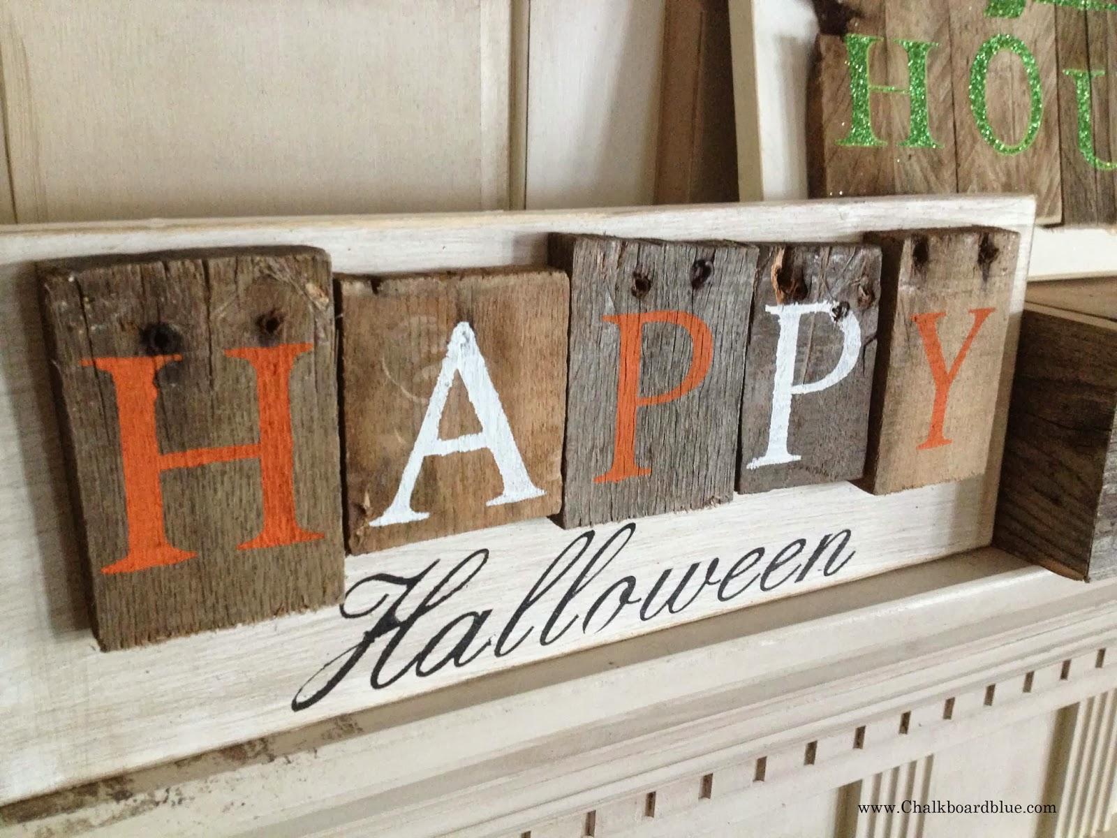 Chalkboard Blue: Pallet- Style Halloween Signs