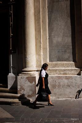 dfhoto publica tus partituras Foto Paseando en la calle principal de Valleta para ir al trabajo (Malta)
