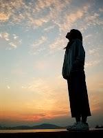 din, inanç, tefekkür etmek, kainatı alemi izlemek, gök yüzüne bakmak