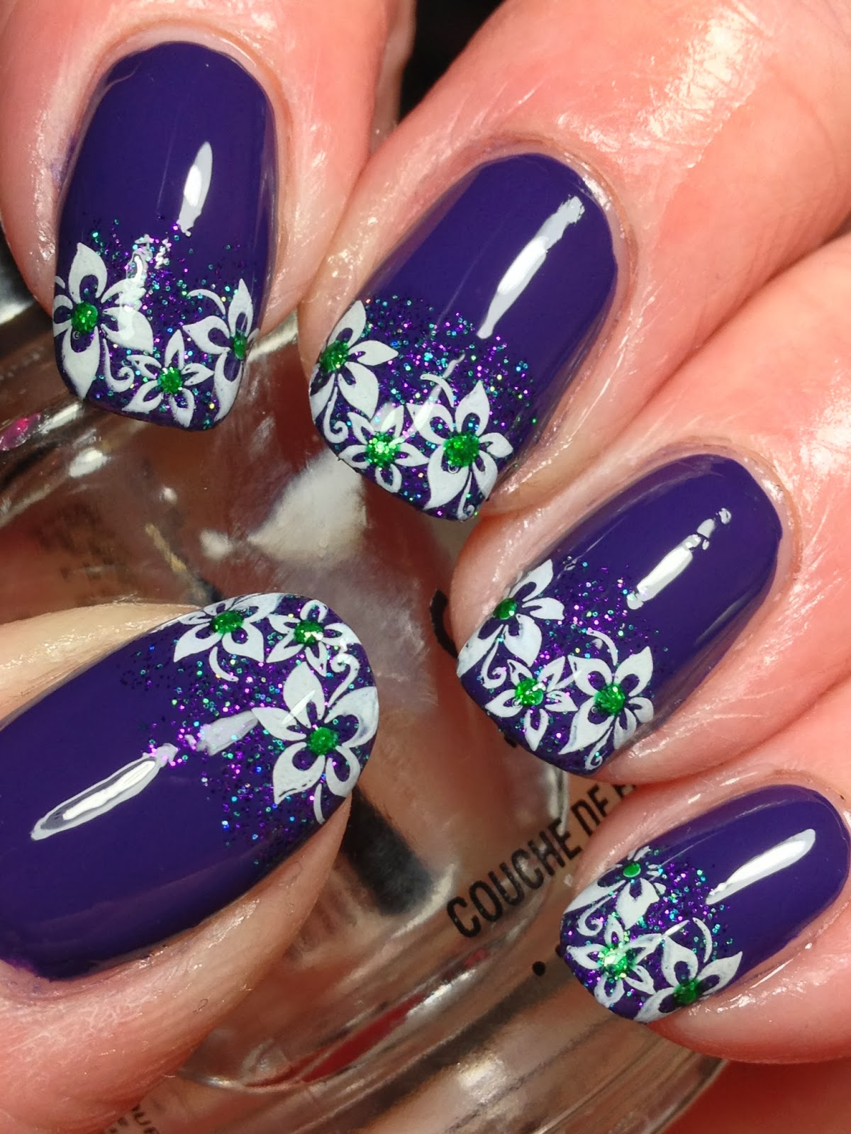Canadian Nail Fanatic: Mardi Gras Nails