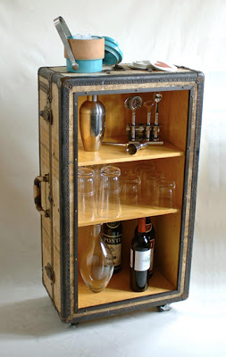 Cool and Creative Ways To Reuse Old Suitcases (20) 11