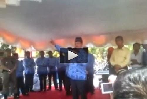 Video Fauzi Bahar Maki Gubernur Sumbar (Youtube)