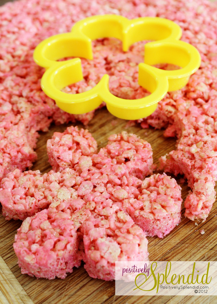 Rice krispies treat flower pops free printables for Different ways to make rice krispie treats