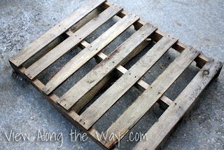 http://www.viewalongtheway.com/2012/10/diy-reclaimed-wood-octagon-mirror/