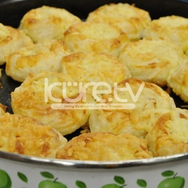 Patatesli Sütlü Gül Böreği Tarifi