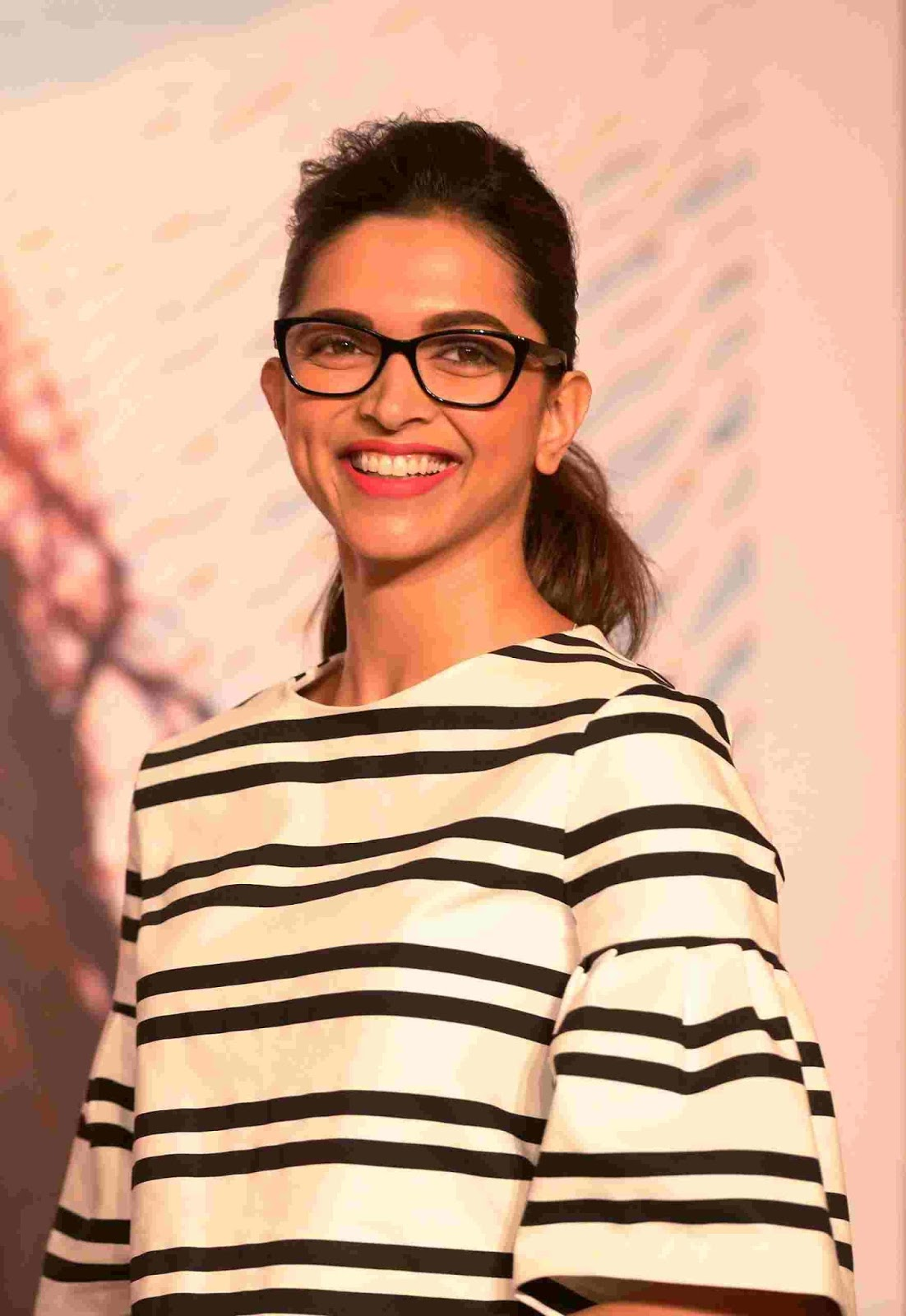 6239544291fe5 ... Vogue Eyewear launches the Fashion Story  3 Collection dedicated to and  inspired by its three new Muses, the Indian actress Deepika Padukone, ...