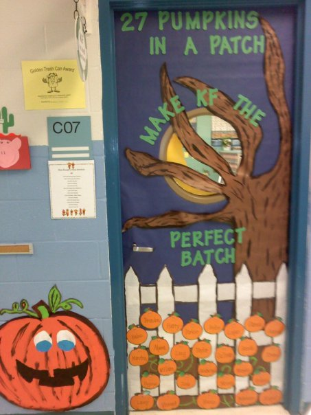 Teach blog repeat our yearly door designs for Autumn classroom door decoration ideas