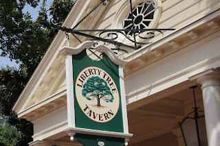 Liberty Tree Tavern (2) - Liberty Square - Magic Kingdom - Walt Disney World - Orlando, Florida