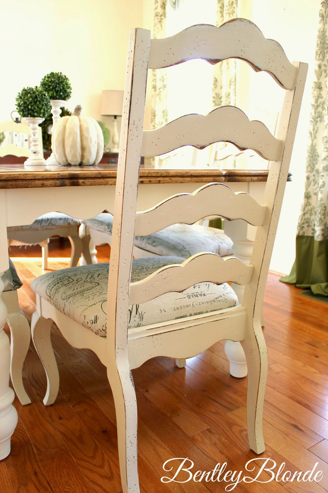 BentleyBlonde DIY Farmhouse Table Dining Set Makeover with