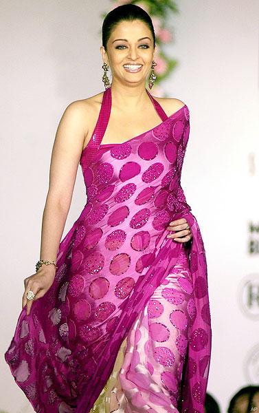 Latest Saree Designs Aishwarya Rai In Polka Dots Designer