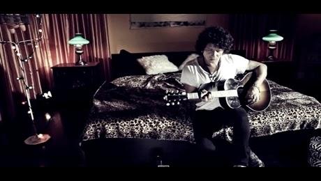Enrique Bunbury – Prisioneros HD