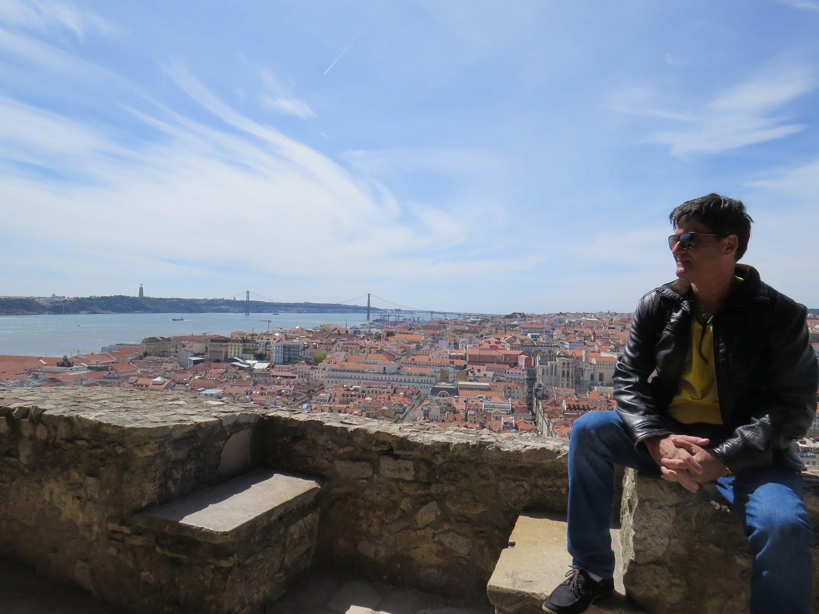 Jornalista, psicólogo e psicanalista (além de blogueiro e turista 'profissional' nas horas vagas)