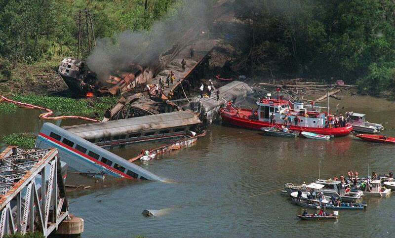 Top 36 Most Dangerous Train Crashes Wallpapeprs(36 Pics) -