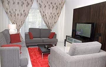 http://itsmebyzura.blogspot: dekorasi ruang tamu