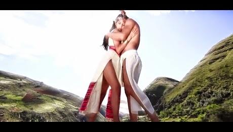 Videoclip de Kjarkas – Vivo Por Tí HD